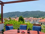 Beautiful villa for rent in Stari Grad, Hvar island
