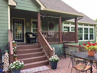 The Canton Cottage!  First Monday, Girlfriends, 3BR &3Bath, Sleeps 8 in beds