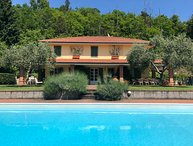 VILLA SAN GIUSTO, Exclusive Villa with pool, Wi-Fi, BBQ, near beaches / 5 Terre