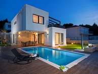 Villa Luxe Ciovo 1 – Five star luxurious villa near Trogir
