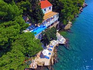Villa Golden Paradise – Luxury seafront pool villa with private beach, Dubrovnik