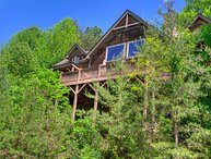 Mountain Haven - a Luxurious Asheville Timber Frame Cabin W/Hot Tub! Game Room