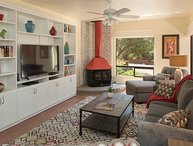 SUMMER SPECIAL!! La Casita Roja: A Tranquil Home Near Trails in West Sedona An I