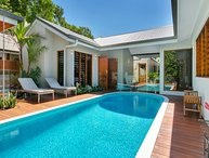 REEF VILLA * PALM COVE