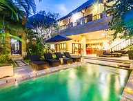 2 Bedroom - Villa Nakula - Central Seminyak