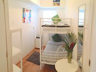 South Beach Bunk Bed Apt: Walk to Everything!