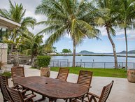 Sea Breeze Estate - 3 homes,Kaneohe Bay Views-Up to 28 Guests, Pool, AC
