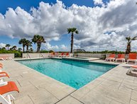 """Under The Sea"" (formerly ""Eagles Nest"") Oceanfront w/ Huge Pool & Hot Tub!"