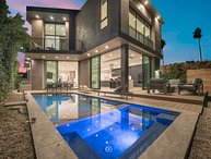 WeHo Mansion with Pool, Hot Tub, BBQ & Table Games