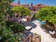 Villa Harmony Hvar – Heritage luxury pool villa in the center of Hvar