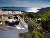 PANORAMIC SEA VIEW VILLA WITH POOL FOR RENT TROGIR AREA