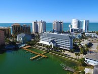 Waterfront Views & 3 Blocks to Clearwater Beach! Family Fun, Nightlife, More!