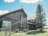 $125/nt til Oct.31st! Cache Vista Unit B |Teton Views | near Grand Targhee Ski