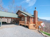 Ridgeview Cabin - Clean, Cozy, WiFi, Central Heat/Air, Mountain Views all rooms