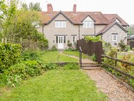 2 HURCOT COTTAGES, pet-friendly, woodburner, Somerton