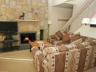 Vail 21 Condo #503, 75 Yards from the Gondola & Children's Ski School!