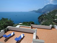 Villa Valeria - sea view,terraces and garden