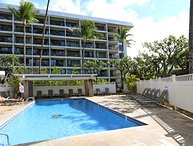Ground Floor 2B/2B condo directly across the street from Kamaole Beach Park 2