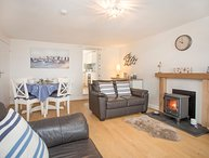 KITE COTTAGE, 2 Bedroom(s), Malltraeth