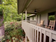 Blue Ridge Retreat-Mountain Splendor, Game Room, Close to Asheville & Black Moun