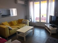 Modern two bedroom accommodation in the center of Cannes, next to the Croisette