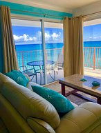 Maj's Breathtaking Ocean View Condo--Amazing View!