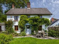 Old School House, Brushford - Sleeps 6 - Exmoor National Park - fabulous area fo