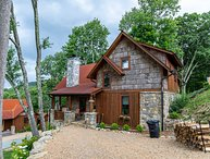 Storybook Cottage at Eagles Nest