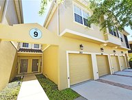 From $80/nt,1.5 Mile to Disney ,1808 sqft 4br/3ba townhome with lake view