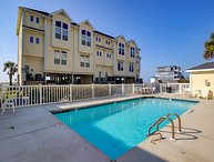 N. Shore Dr. 1701B / Amazing Ocean View, Community Pool, Internet