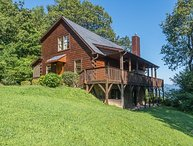 Christmas Tree Cabin | Secluded Asheville Area Log Cabin with a View!