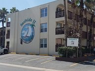 Lovely 2nd floor 2BD/2BA condo 1/2 block from the beach with partial Ocean view