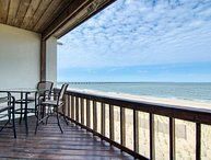Beachfront - Luxury Home - Unbelievable views - Completely Renovated