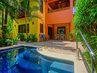 Casa Gallo - In town, short walk to the beach, private pool! - San Pancho