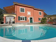 VILLA PERLA 12 Pax, heated pool, WI-FI- BBQ, near to Cinque Terre