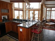 Pine Meadows Townhome with Fabulous Views, Ski In and Ski Out Convenience