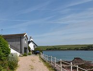 BLACKROCK BOATHOUSE, 2 bedroom, Pembrokeshire