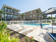 REDUCED AUG RATE Only $250/nt  Sleeps 10  Pools, Hot Tub & On-site Fishing