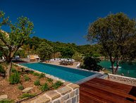 Villa Korcula Hideaway – Magnificent pool villa on the beach, Korcula island