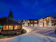 Peak 5 Colony Mountain Lodge + Concierge Services