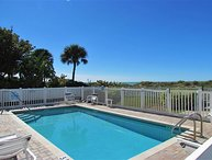 XL Family Sized Indian Rocks Beach Condo - Steps to the Beach and Eats!!