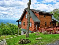 View Paradise-BEST VIEWS AROUND! 3 BR Cabin w/Hot Tub, Pool Table, Wi-Fi, FIRE P