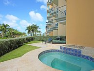 PROMO-BEACHFRONT- EAGLE BEACH - OCEANIA RESORT 3BR condo - E125