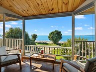 Collingwood Beach House - Collingwood Holiday Home, Collingwood