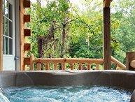 Butterfly Crossing, Hottub, pond, firering, hiking trails, fishing