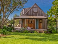 Puriri Cottage - Rings Beach Holiday Home, Kuaotunu