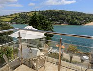 2 CHANNEL VIEW, stunning estuary views, central Salcombe, open plan living