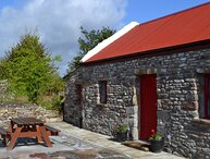 Ireland West Farm Stay, Charlestown, County Mayo