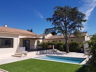 LS1-367 RADIOUSO, Rental in Provence with heated pool